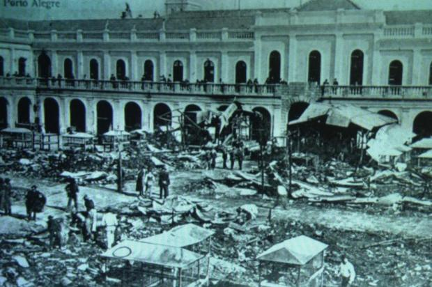 Incêndio é o quarto da história do Mercado Público de Porto Alegre Reprodução/Ver Descrição