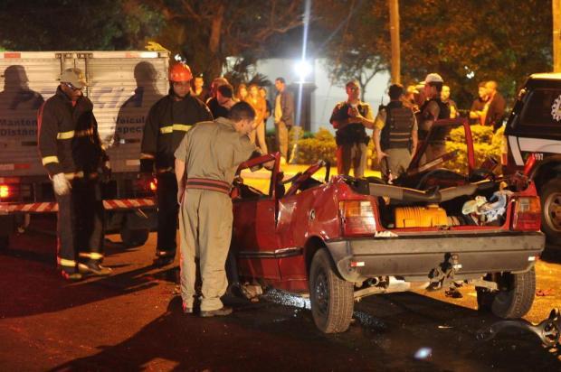 Acidente envolvendo três veículos deixa quatro mortos na ERS-040, em Viamão Carlos Macedo/agencia rbs