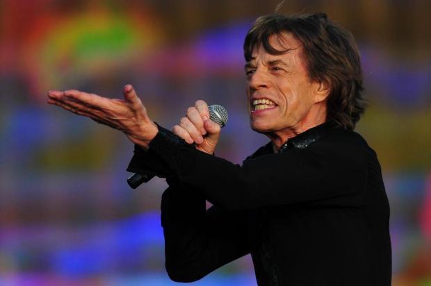 Nos 70 anos de Mick Jagger, relembre 10 canções compostas por ele e os momentos que as inspiraram CARL COURT/AFP