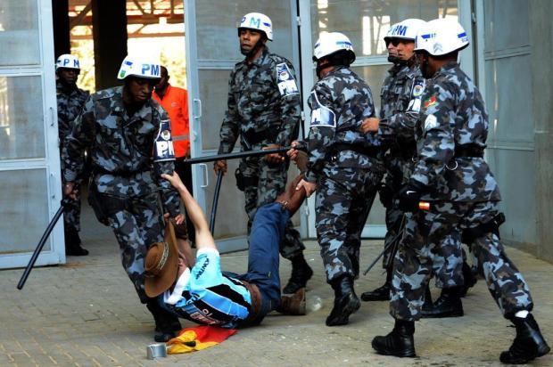 """""""A imagem mostra que foi errado"""", afirma major da BM sobre abordagem de policiais ao Gaúcho da Geral LUIZ MUNHOZ/FATOPRESS/ESTADÃO CONTEÚDO"""