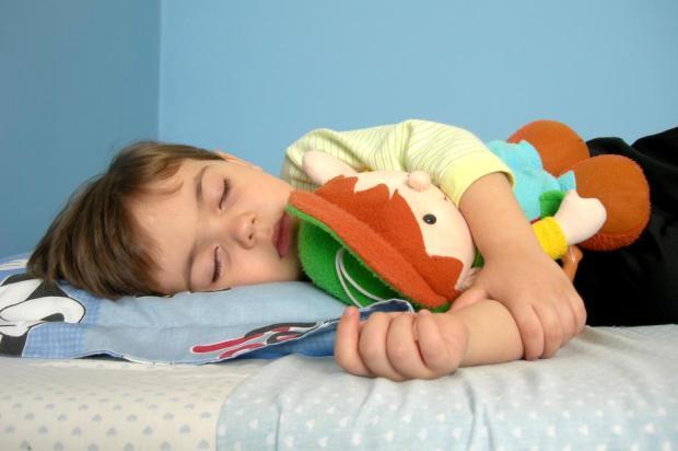 Ter hora certa para dormir pode ajudar no desenvolvimento do cérebro das crianças Divulgação/stock.xchng