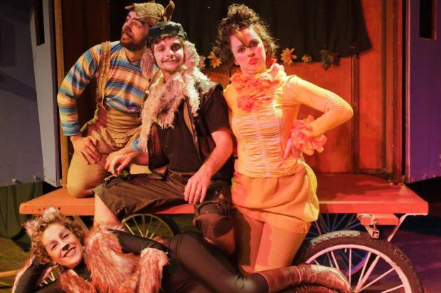 """Musical """"Os Saltimbancos"""" leva canções adaptadas por Chico Buarque ao Teatro Novo, em Porto Alegre Lisa Ross/Lisa Ross"""