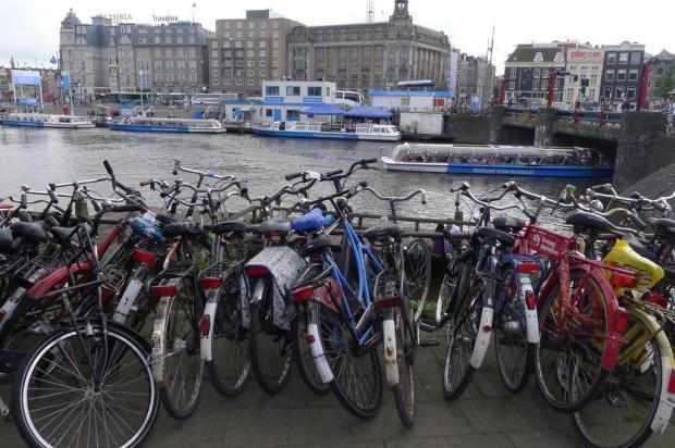 Bicicletas inundam Amsterdã Julio Cavalheiro/Agencia RBS