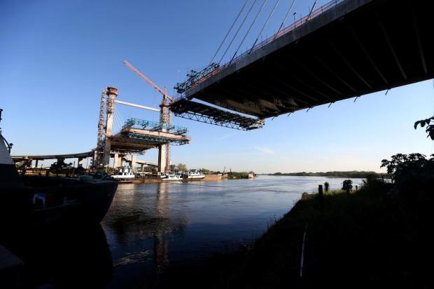 Ponte estaiada sobre o Rio Gravataí deve ser concluída até o final de outubro Diego Vara/Agencia RBS