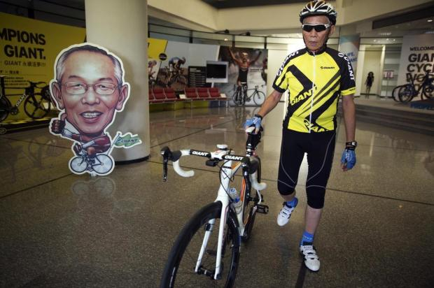 Aos 79 anos, fundador de fábrica de bicicletas dá exemplo e pedala 40 quilômetros por dia Sim Chi Yin/NYTNS