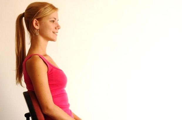 Ficar sentado por muito tempo pode trazer riscos para a coluna cleber gomes/Agência rbs