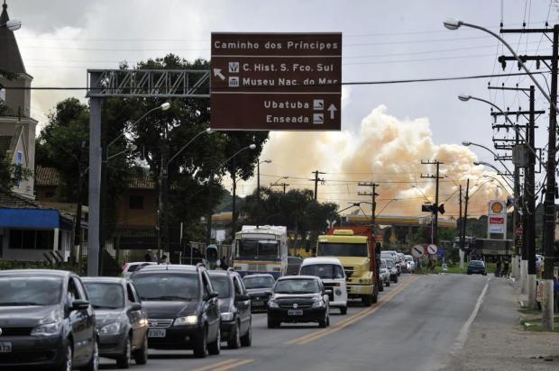 População tenta deixar São Francisco do Sul e enfrenta filas na BR-280 em SC Leo Munhoz/Agencia RBS