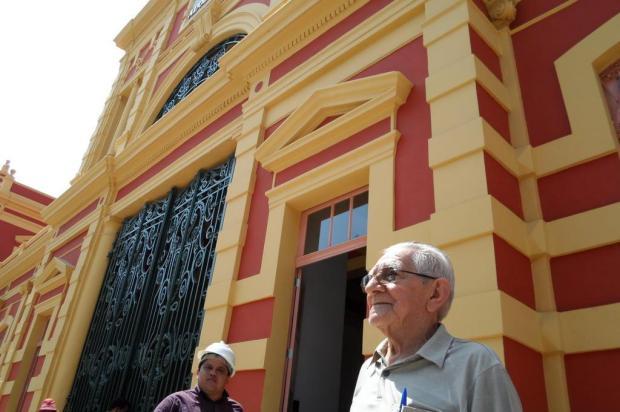 Comerciantes do Mercado Municipal de Manaus recebem cursos de inglês para a Copa Leanderson Lima/Especial