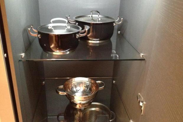 Funcional e bonito: opções para turbinar o interior dos armários da cozinha Ana Carolina Bolsson/Agência RBS