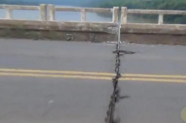 Em vídeo, internauta questiona segurança de ponte sobre o Rio Uruguai Reprodução/YouTube