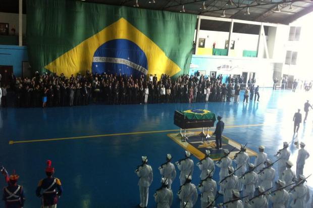 Exumação de Jango: urna com restos mortais chega a Brasília Guilherme Mazui/Agencia RBS