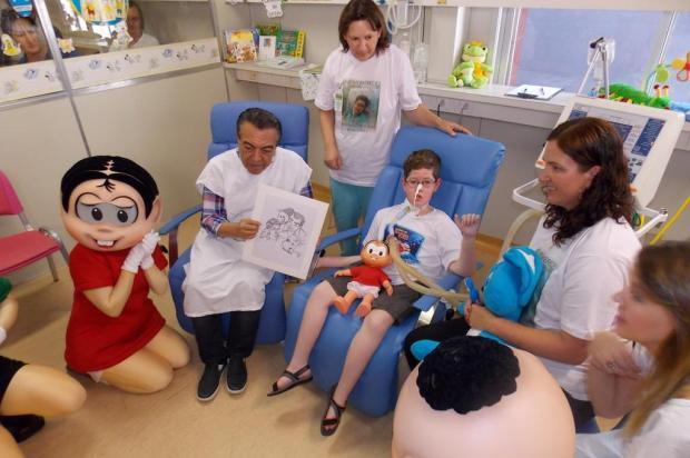 Garoto que vive na UTI de hospital em Ijuí recebe visita do cartunista Maurício de Sousa Allan Fonseca/Divulgação