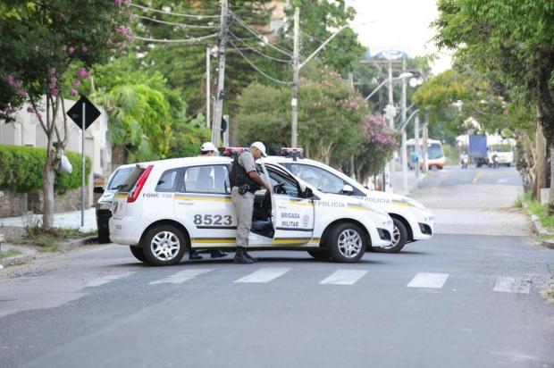 Brigada Militar mantém bloqueio em rua de Dilma Rousseff em Porto Alegre Ronaldo Bernardi/Agencia RBS