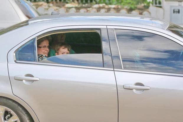 """Dilma reconhece que levar neto no colo no banco de trás de carro foi """"um erro"""" Ricardo Duarte/Agencia RBS"""