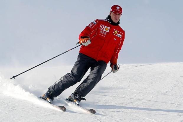 Estado de saúde de Schumacher é crítico e ex-piloto está em coma, diz hospital AFP/