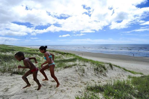 Migração dos grãos de areia modifica a paisagem litorânea Diego Vara/Agencia RBS