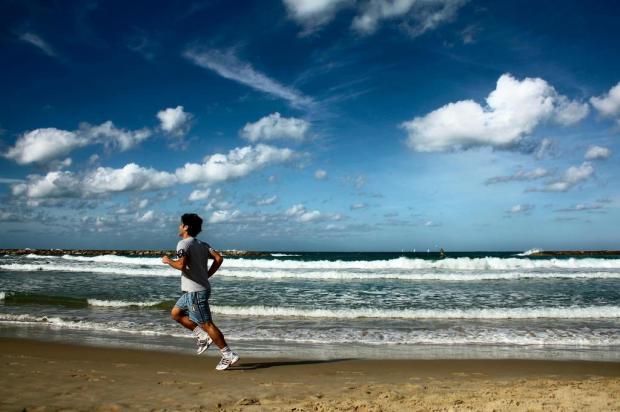 Prática de exercícios físicos no verão requer cuidados especiais Sxc/Divulgação