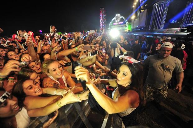 Ivete Sangalo coloca público para dançar no Planeta Atlântida Bruno Alencastro/Agencia RBS