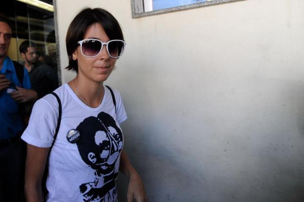 Quem é Sininho, a ativista que virou personagem nos protestos dos black bloc do Rio Fernando Frazão/ABR