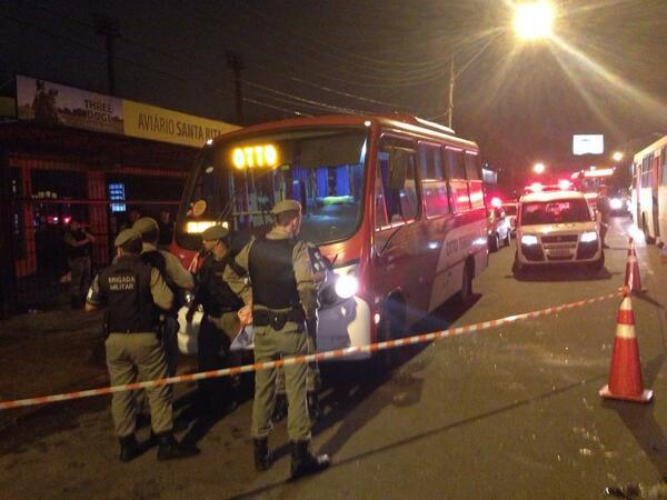Polícia comprova que motorista de lotação foi vítima de latrocínio no bairro Medianeira Matheus Schuch/Rádio Gaúcha