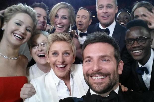 """""""A gente quebrou o Twitter"""", diz Ellen DeGeneres sobre selfie no Oscar Reprodução/Instagram"""