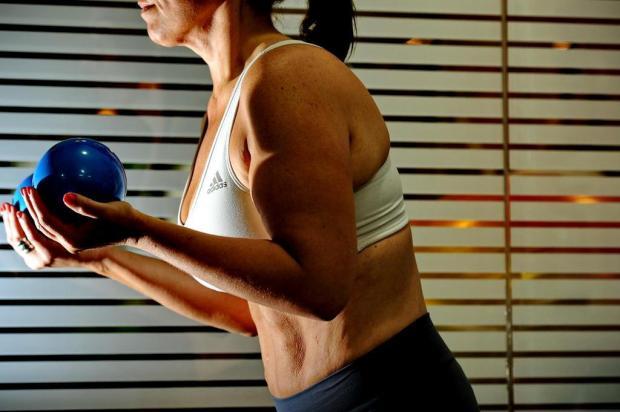 Pilates é aliado no combate a dores lombares Adriana Franciosi/Agencia RBS
