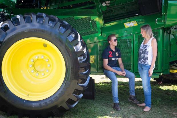 Jovens estão influenciando mais nas compras de máquinas agrícolas Stéfanie Telles/Especial