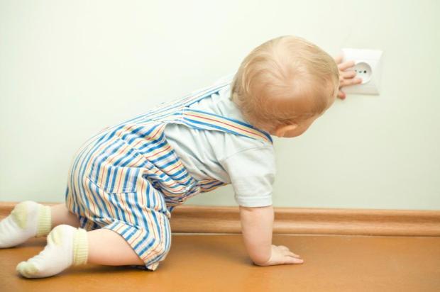 Veja dicas para prevenir acidentes domésticos com as crianças Reprodução/Parent's Guide
