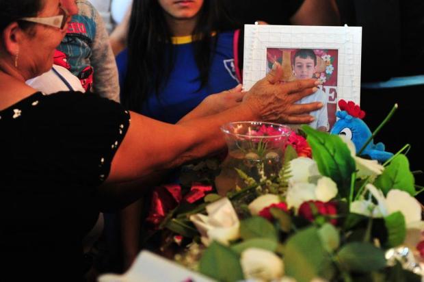 Ex-babá que denunciou tentativa de asfixia não foi ouvida em processo da guarda de Bernardo Carlos Macedo/Agencia RBS