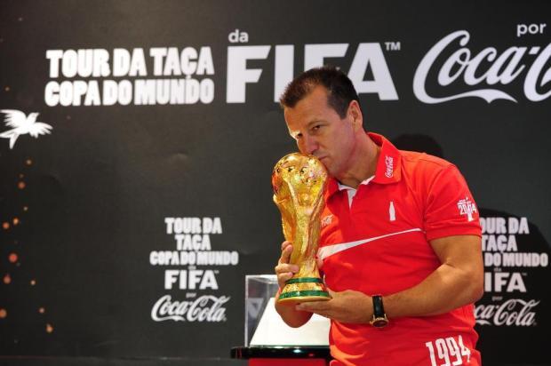 Taça da Copa do Mundo chega a Porto Alegre fernando gomes/Agencia RBS
