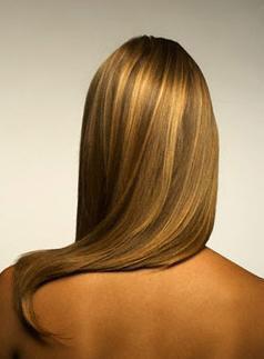 Dicas para como combater a oleosidade dos cabelos Divulgação/