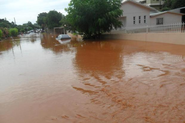 Chuva alaga casas e causa prejuízos em Ronda Alta, no norte do Estado Robson Mazutti/Especial