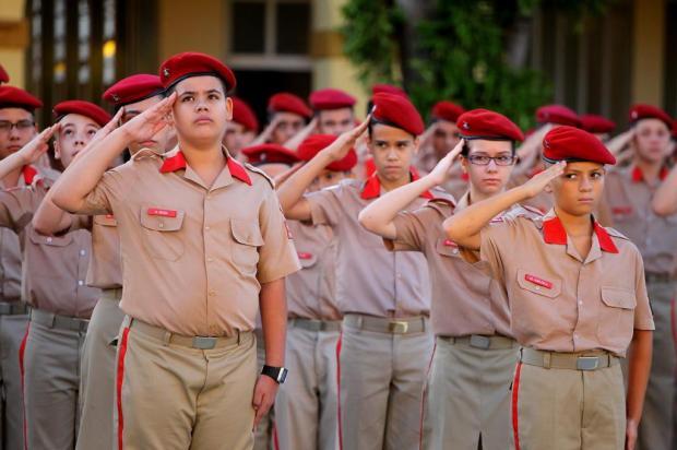 Colégio Militar de Porto Alegre inicia período letivo de 2013 dani barcellos/Especial